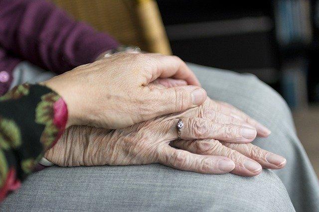 Usługi pomocy domowej dla osób starszych